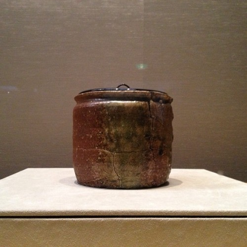 This #tea canister belonged to Tea Master Sen No Rikyu aka the Mac Daddy of the #teaceremony.  #tokyo #japan #wabisabi (at 東京国立博物館 (Tokyo National Museum))