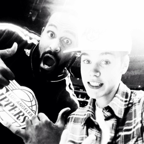 bieber-news:  @justinbieber: Me and Ronny Turiaf at the clippers game