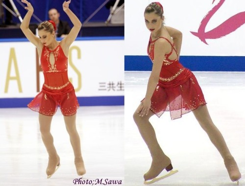 Idora Hegel's free skate costume at the 2004 NHK Trophy. Sources: 1 and 2.