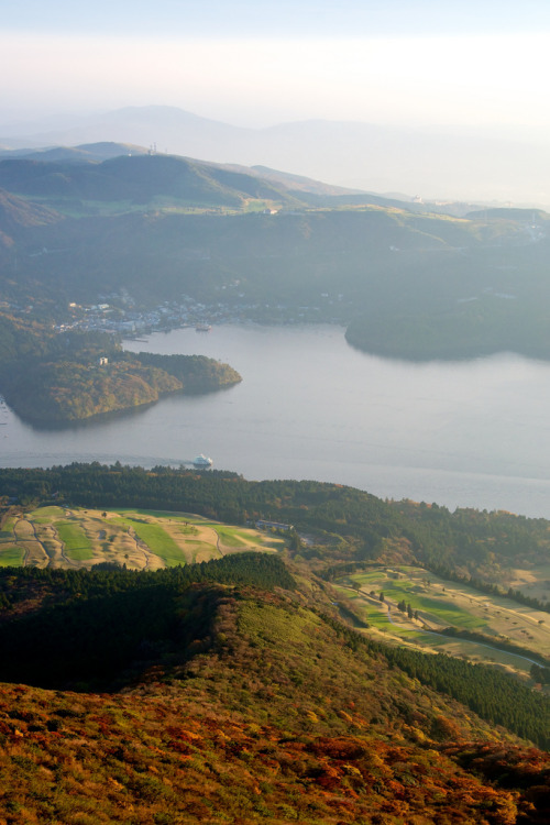 touchdisky:  Hakone, Japan by ~justin