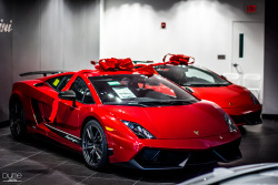 automotivated:  Christmas Presents (by DumePhotos)