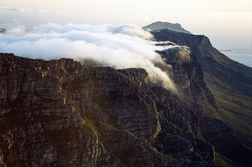 intothegreatunknown:  Table Mountain Cape Town (by ~CitizenFresh)