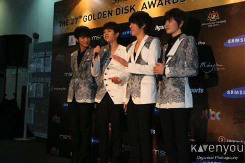 [PIC] 130115 L,WH,SJ,SY @ GDA2013 Media Interview [by: KAvenyou ]
