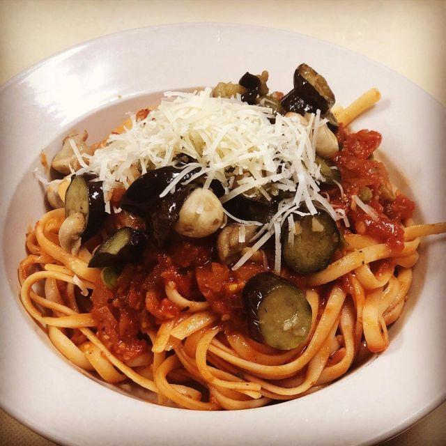 #dinner was #tagliatelle with #tomatosauce #eggplant #mashrooms #fresh #palmigiano #delicious  #おうちごはん #タリアテッレ #トマトソース #ナス と#マッシュルーム #フレッシュ #パルミジャーノ #美味しい ♥️🙏😋 https://www.instagram.com/p/CQUBaRfM5cL/?utm_medium=tumblr #dinner#tagliatelle#tomatosauce#eggplant#mashrooms#fresh#palmigiano#delicious#おうちごはん#タリアテッレ#トマトソース#ナス#マッシュルーム#フレッシュ#パルミジャーノ#美味しい