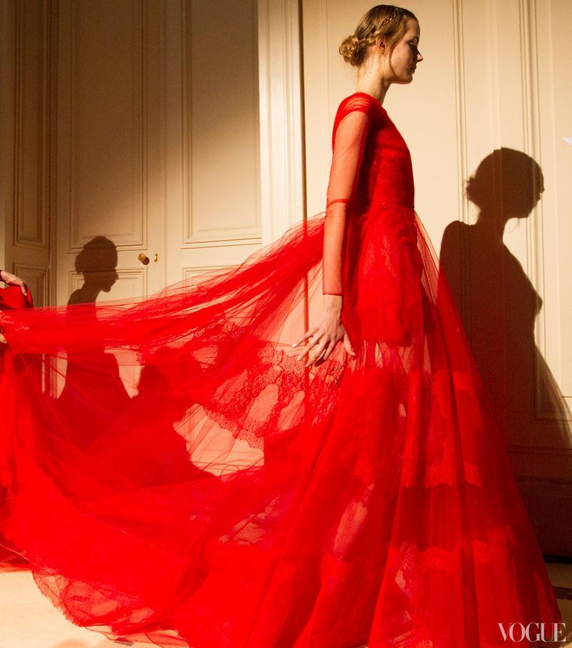 thetaoofdana:  suicideblonde:  Valentino Couture Spring/Summer 2013  Whoa.  so cute!!!