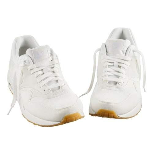 otherleo:  Nike x A.P.C Spring/Summer 2013