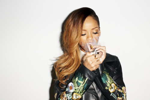 terrysdiary:  Rihanna at my studio #3  Terry Richardson- Rihanna 2013
