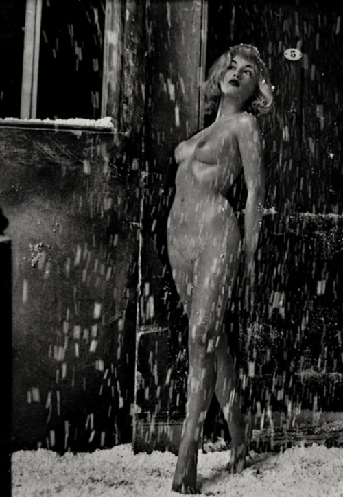 noonesnemesis:  Nude woman in snow # 1 Zoltán Glass mid 1950's