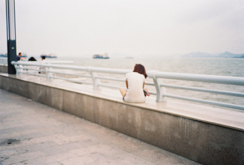 noceuse:  untitled by 莫小段 on Flickr.