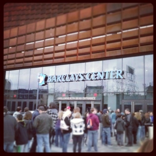 Almost there. #brick #af #lovinthewait #barclayscenter #brooklyn #concert