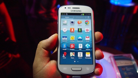 GEEKY NIGHTS GLOBE SAMSUNG GALAXY S3 MINI CONTEST  Good morning GEEKS! Another contest from Geeky Nights! There are 2 ways to get a BRAND NEW GLOBE SAMSUNG GALAXY S3 MINI! The Globe Samsung Galaxy S3 Mini is exclusive now to Globe! Globe offers the S3 Galaxy MINI FREE at Plan 999 and comes with unlimited surfing plus free calls and texts!   First: Click this link http://bit.ly/GlobeSamsungs3Mini Second: Tweet the most creative reason why you want a brand new GLOBE SAMSUNG GALAXY S3 MINI! Dont forget to push the hashtag #iWantGlobeS3Mini The most creative answer will win a brand new S3 Mini! Goodluck! You need to follow @GeekyNights on Twitter too! The MORE creative entries you tweet, the more chances you will win 1! Tweet till you drop!  Contest will end tomorrow at 6PM, February 26. The winner will be announced tomorrow during the live show of Geeky Nights!