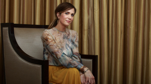 (via Kristen Wiig Will Be on Arrested Development, and All Is Right With the World) VERY pleased about this.
