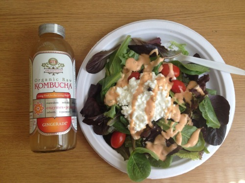 My lunch today is delicious!  Salad: baby spinach & mixed greens, cherry tomatoes, sunflower seeds, honey roasted almonds, organic no sugar added craisins, cottage cheese, greek yogurt salsa ranch dressing.  and gingerade kombucha  so yummy!!