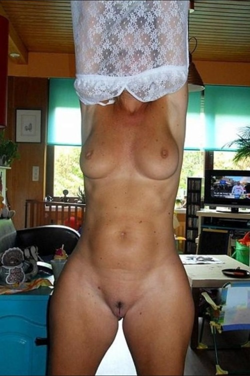 champbro:  MILF slut with a fuck machine body!