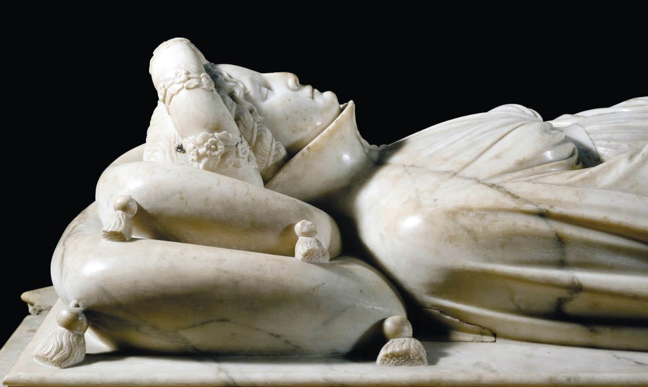sulphuriclike:  Jacopo Della Quercia_The Tomb of Ilaria del Carretto_1406 [detail] Cathedral of Lucca, Tuscany_Italy