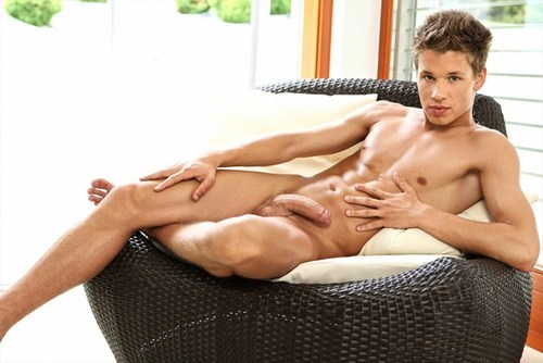 Matthew McEwan exposes himself at KinkyAngels.com #gay #FollowFriday #sex