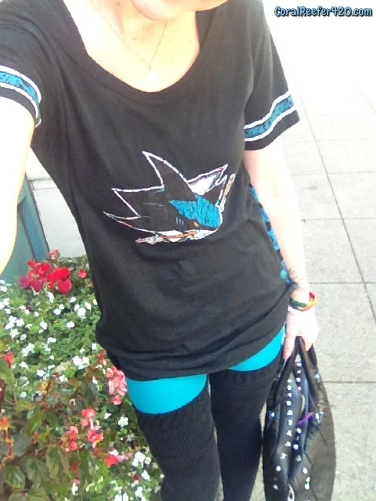 coralreefer420:  Slipped into some new teal tights to better rep the @sanjosesharks at the game tonight.  fuck yeah!