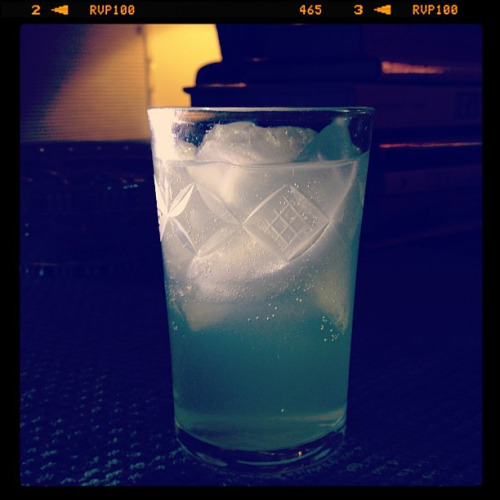 A cactus chill Ingredients: 1 1/2 oz tequila, 1/4 oz agave nectar, 1/2 oz lime juice, 2 3/4 oz lime-flavored sparkling water. Combine ingredients in a glass with ice and stir. Source: Skinnytinis by Teresa Marie Howes This wasn't too bad. It was refreshing and had a low alcohol content. Still, I'd rather drink a margarita.