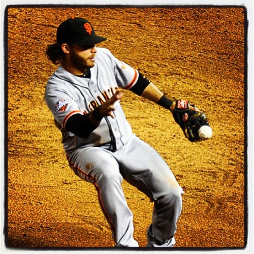 Gloves are overrated @BCraw35 #SFGiants