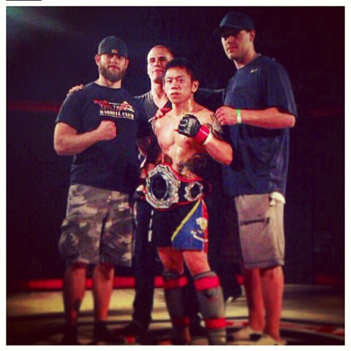 Last one for the night #lld #lilbomb #lillovedriven #mma #mixedmartialarts #training #gym #muaythai #thaiboxing #boxing #fitness #fit #wrestling #bjj #jiujitsu #champ #champion #filipino #pinoy #workhard