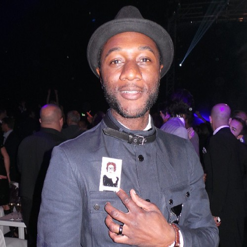Aloe blacc with my business card in party #iwccannes2013 #cannes2013 #top #prestigiosissimo