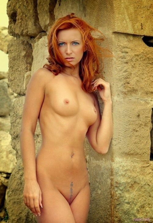 templeofginger:  lovelandingstrips:  Tattoo Landing Strip  http://templeofginger.tumblr.com Red is the color of Love. When you reblog, be kind. Keep source, model and photographer credits. Keep the art alive.