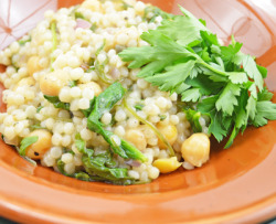 findvegan:  chickpeas and couscous with lemon, capers