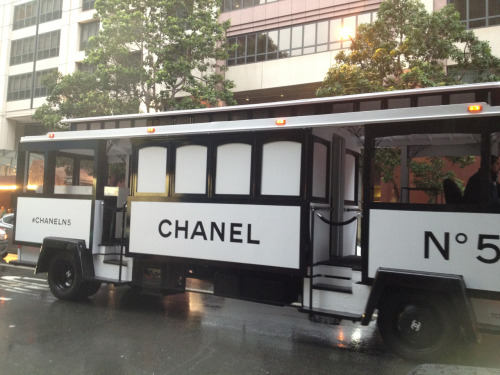 jennybesos:  Chanel train in San Francisco, 15/12/12