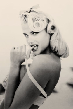 Reminds Me Of Marilyn!