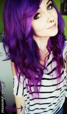 kendraloveeee:  Purple ?💜✌  i want my hair like this!