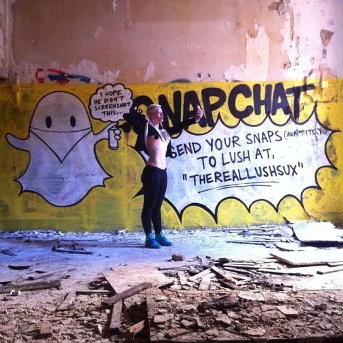 lushsux:  Snapchat me at THEREALLUSHSUX #lush #lushsux #graff #germany #graffiti #graffitiart #graffitivideo #graffitiartist #grafffitiwriter #graffititourist #snapchat #bewbs #joke #jokes #streetart #streetartist #berlin #berlingermany #berlingraffiti  snapchat this dude and send him boobies as i did….snapchat me —-> bettiebattlecat