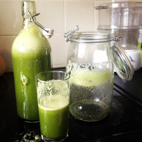 Vibrant #GreenJuice. Feed your skin…Feed it well! 💋#Imanmade