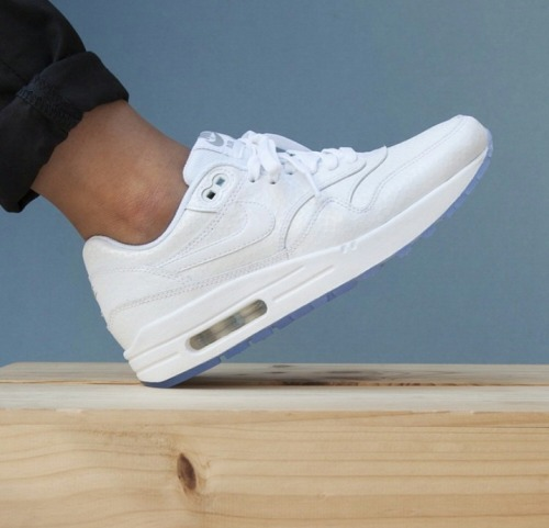Nike Air Max Thea White Tumblr