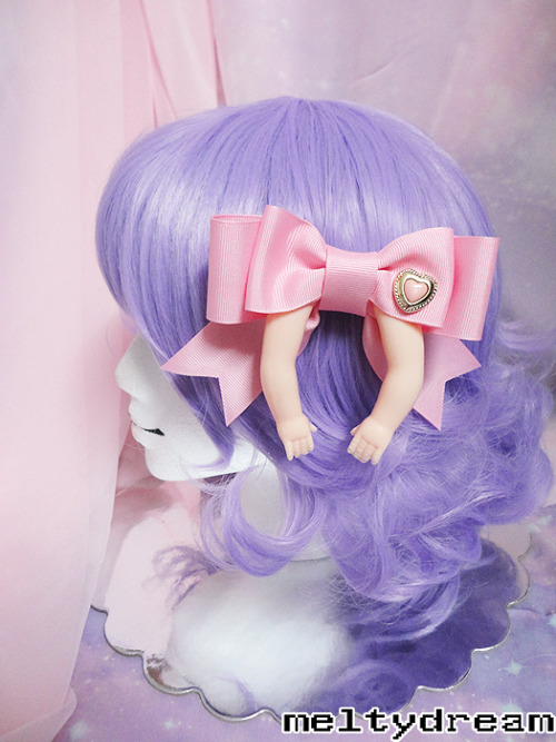 pink princess bow on meltydream