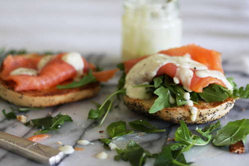 sooothe:  Smoked Salmon on Toasted Bagels with Basil