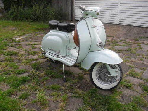 scooterculture:  northern-soulie:  My lambretta gets delivered next Saturday, can't wait.  Tidy