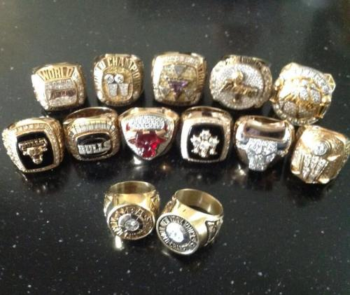 Phil Jackson's Championship Rings // Lakers, Bulls, Knicks