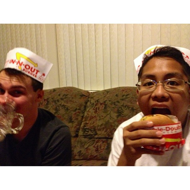 We were hungry for burgers and Modern Family. @codycjc4