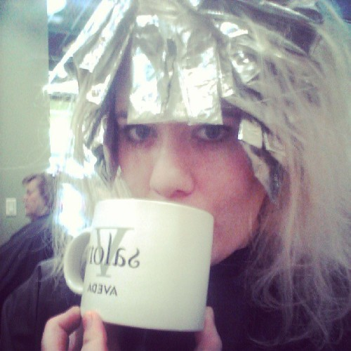 Getting my #fakeblonde on.. I love a good day at the salon. : )