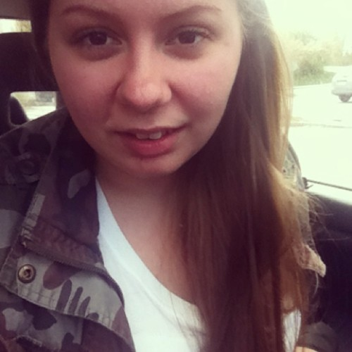 Nu forum.. Sen kanske fixa bilen..✌😄 #fulltupp #girl #fun #car