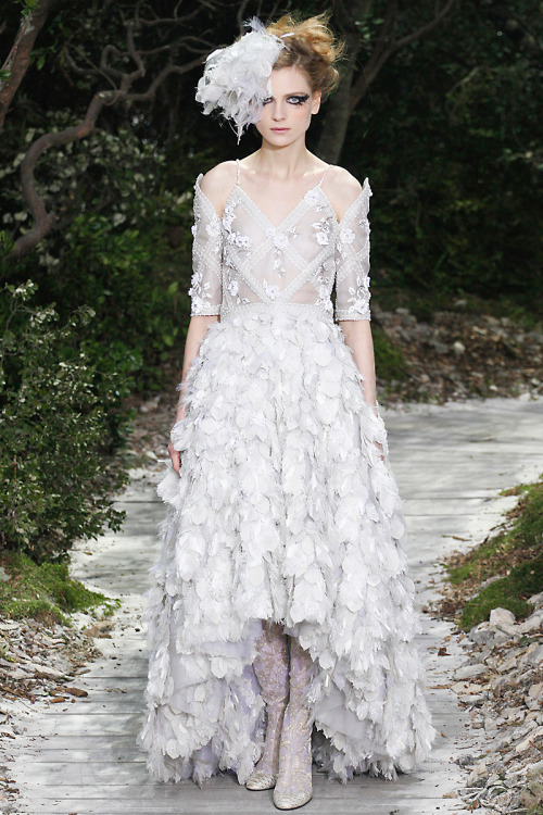 vogue:  Chanel Spring 2013 CouturePhoto: Marcus Tondo/InDigitalteam/GoRunway.comSee the full collection and review.  Gorgeous!!!!!