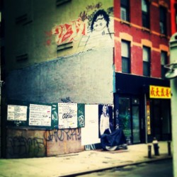 """Lower East Side"" #EssexStreet #Buildings #Architecture #LES #LowerEastSide #NYC #NewYork #NewYorkCity #abrooklynsoul #UrbanLandscape #UrbanDwellings #Scaffolding #Graffiti #Graff #StreetArt #Storefronts #UrbanDecay #LowerManhattan  (at Lower East Side)"