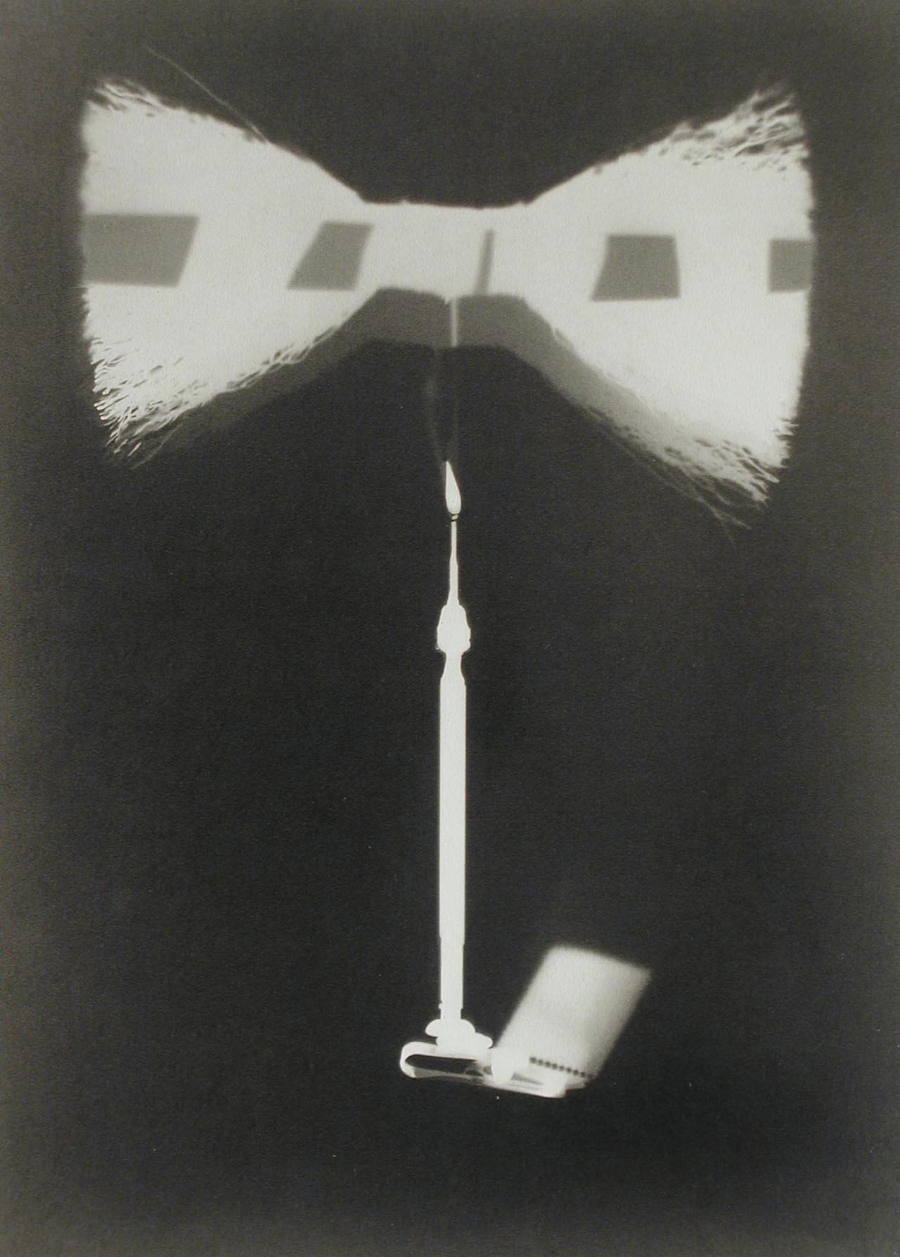 Man, Ray (1890-1977) Ray-o-Graph I. Date: 1921-23 via