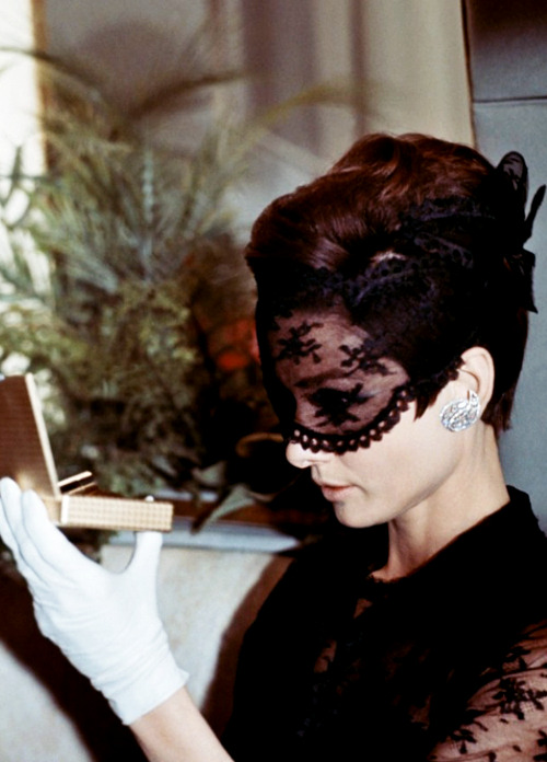 Audrey Hepburn in How to Steal a Million (1966)