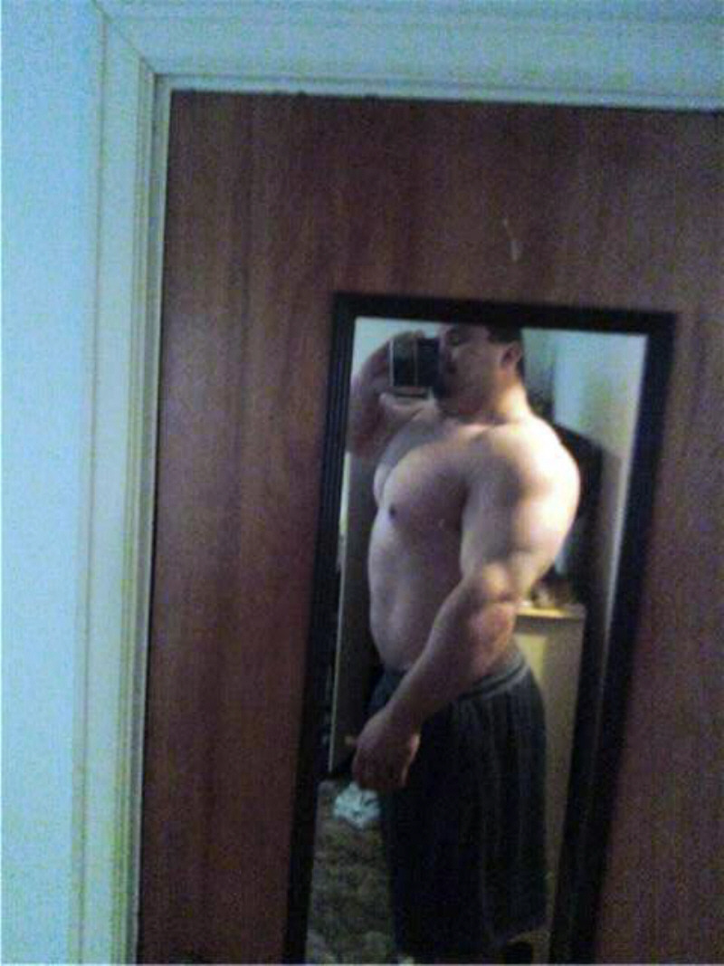 campusbeefcake:  he's gonna need a bigger mirror