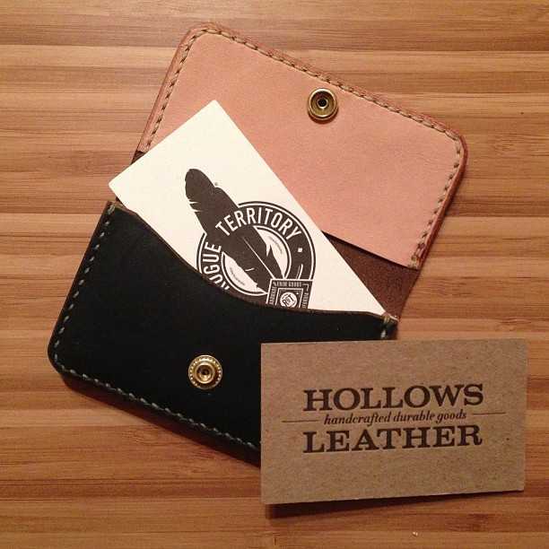 Check out this amazing card case I just got in the mail from @hollowsleather