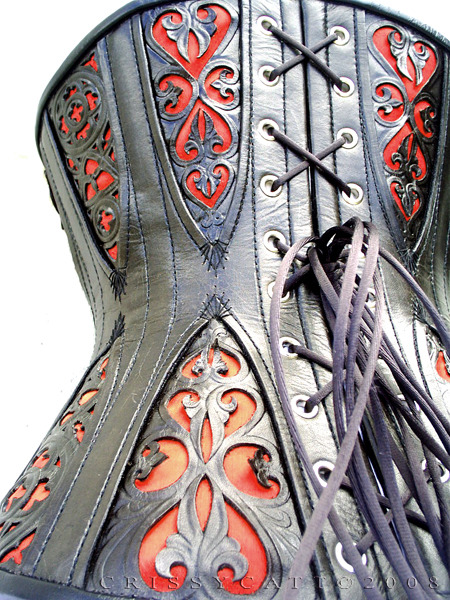 lacingandboning:  corset with gussets detail by ~crissycatt