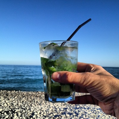 #morito #beach #apero #nice #friend #goodlife #pleasure #drink #sea #mediterrannée #igersfrance #tribegram  (à Sporting Plage)