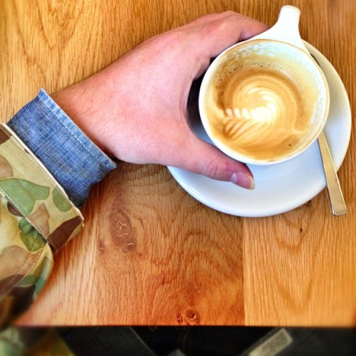 Camouflage, chambray, and coffee… #thethreecs #camo #camouflage #superiorlabor #madeinjapan #norseprojects #chambray #wiwt #wdywt #thepettyofficer #albertpark #melbourne #coffee #cafe #food #photography #iphoneography