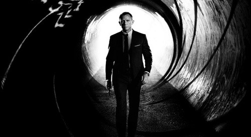 """Skyfall"" Reclaims Box Office Lead Skyfall is once again the box leader, reclaiming the top spot after three weeks in the top five. The newest addition to the Bond series earned an additional $11 million over the weekend, bringing its total gross earnings to $261.million."